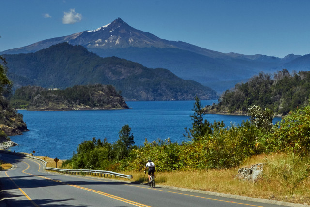 Cycling Tour on roads of Chile´s Lake District