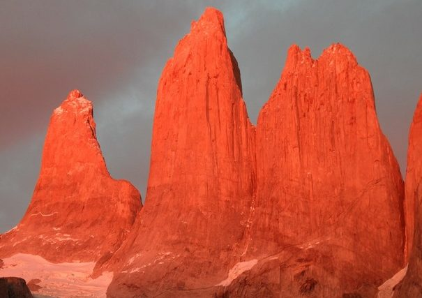 Patagonia Hiking Tour: Sunset view of the Towers in Torres del Paine Nationalpark in Patagonia on our Chile Tour