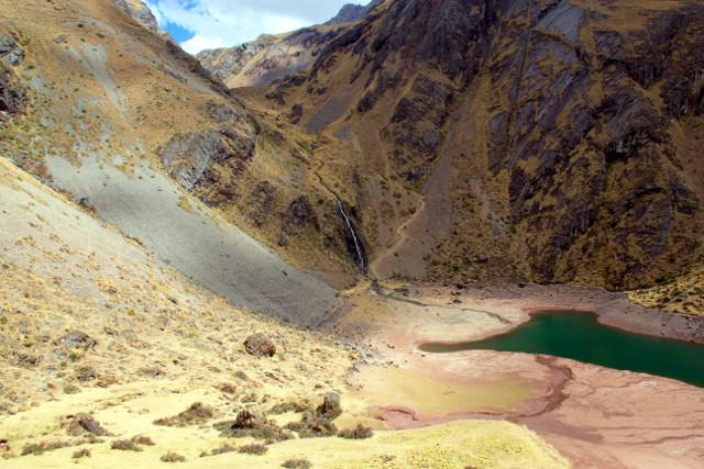 Peru-Ancasocha-Trek-Lake