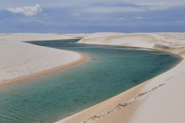 Brazil-Lençóis-Maranhenses-Trek-Lagoons