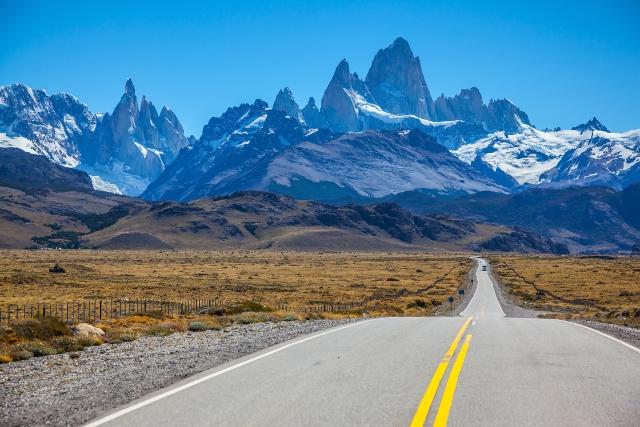 Argentina-Fitz-Roy-Road-El-Chalten