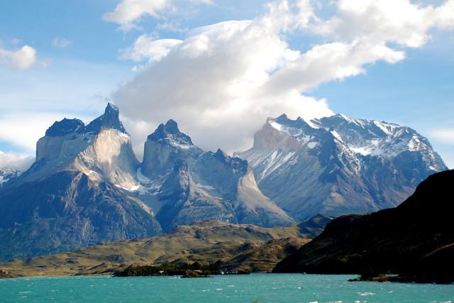 Chile-Patagonia-Torres-del-Paine-W-Trek-Los-Cuernos