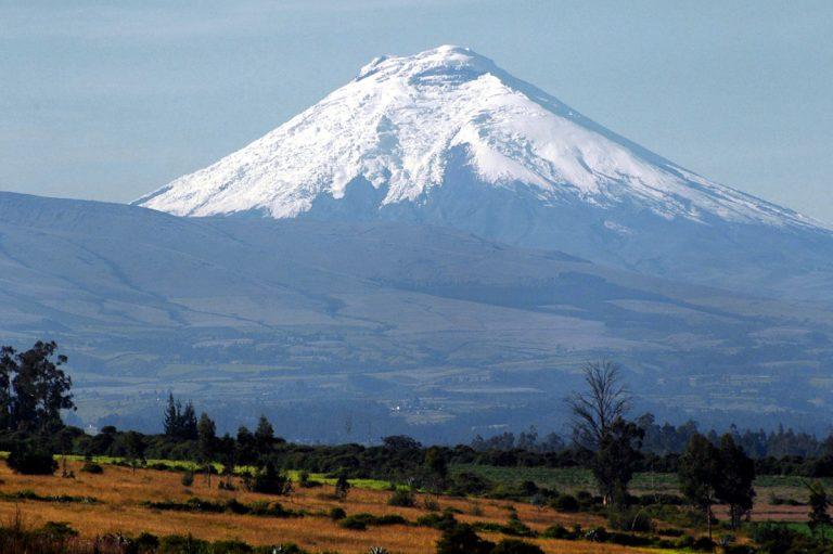 Ecuador-Hiking-Volcanoes-Cotopaxi