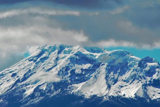 Ecuador-Trekking-Hiking-Volcanoes-Chimbarazo