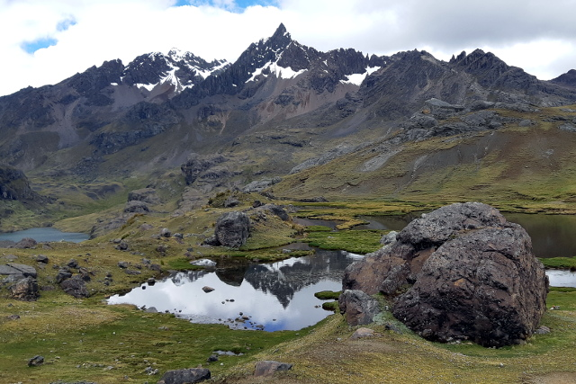 Peru-Trekking-Ausangate-Trek-Mountains