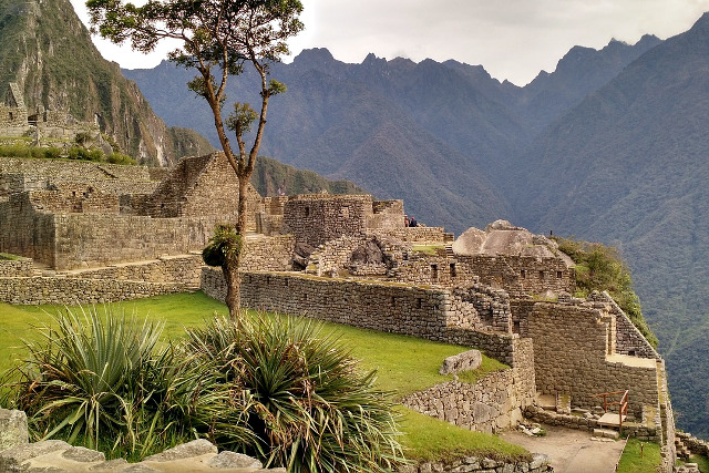 Vegan-Travel-Peru-Machu-Picchu