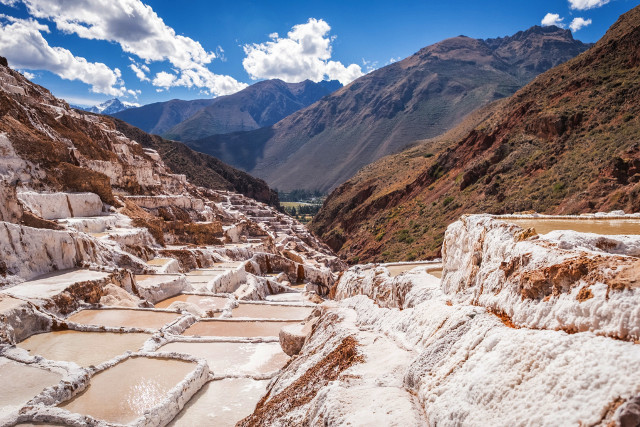 Vegan-Travel-Peru-Maras-Salt-Pans