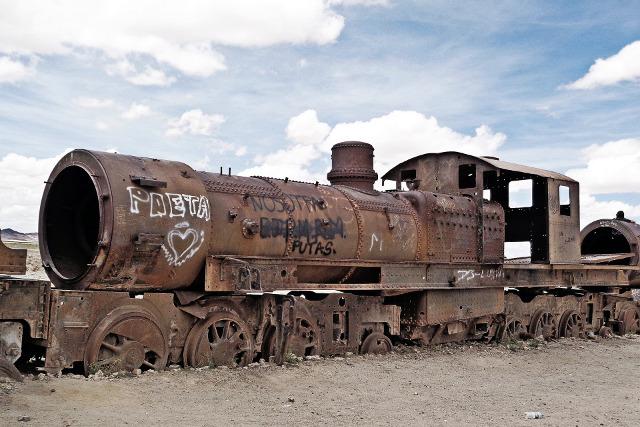 Bolivia-Uyuni-Salt-Flat-Colored-Lagoons-Train-Graveyard