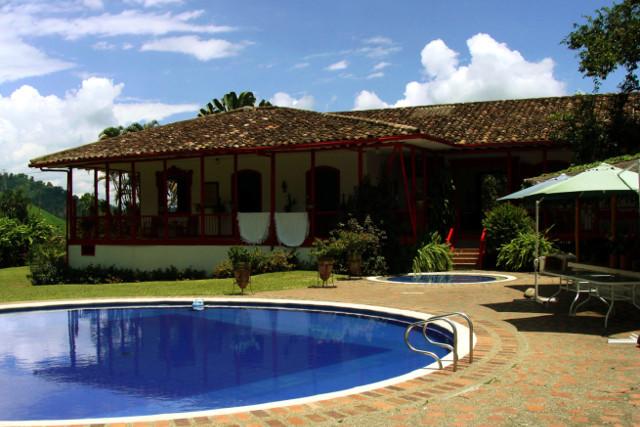 Colombia-Los-Nevados-Trek-Otun-Lake-Coffee-Hacienda