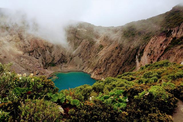 Costa-Rica-Self-Drive-Holiday-Irazu-Volcano